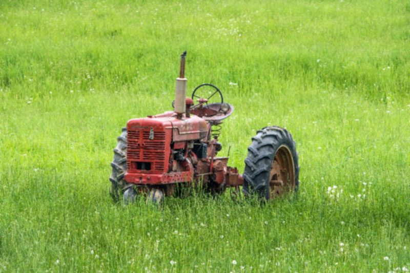 por que alquilar maquinaria agricola